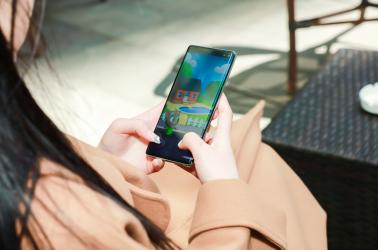 手机游戏性能哪家强 看看三星Galaxy S10系列吧!