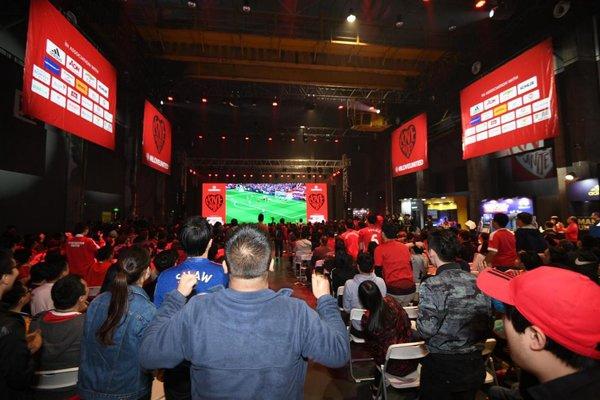 #ILOVEUNITED广州球迷派对收官 传奇球星亲临共同见证逆转