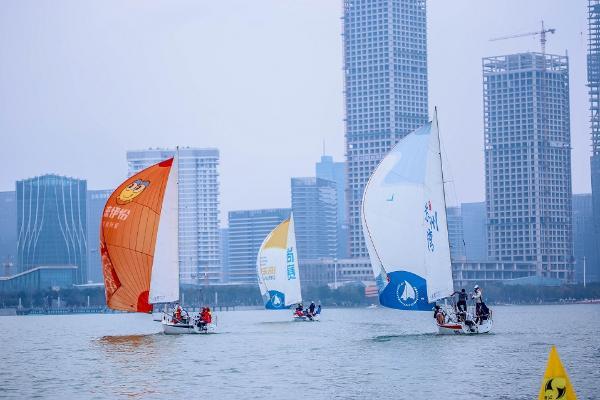 来伊份帆船队扬帆2019尚赛太湖春季邀请赛,天天坚果成运动新宠