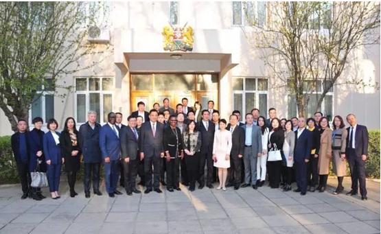 盈科旅游总顾问梅向荣受聘肯尼亚大使馆肯中合作委员会顾问
