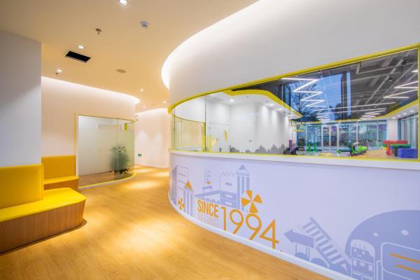 金色雨林厦门宝龙一城中心开学:OMO模式打开学习能力提升新航道