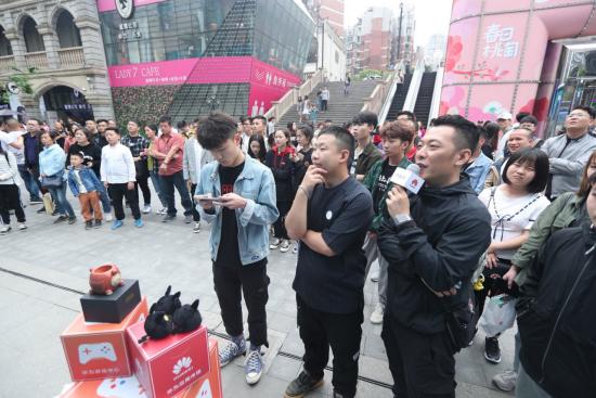 DigiX数字生活节武汉开幕 创新体验引爆江城