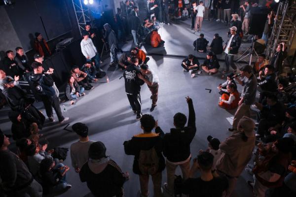 《CREW WIN齐舞邀请赛》#Old School X Urban Styl城市首秀#蓉城启幕