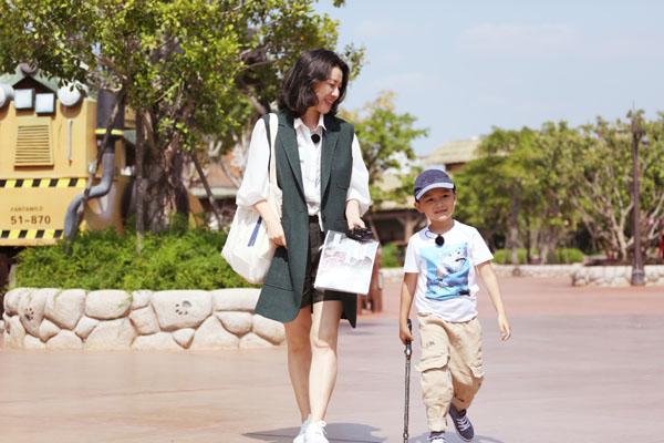 方特打造明星微综艺 刘琳携爱子共度《难得的假期》