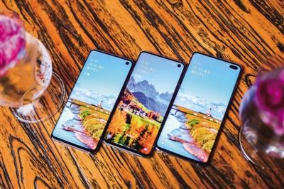 Galaxy S10旗舰机热卖 三星手机强势回归