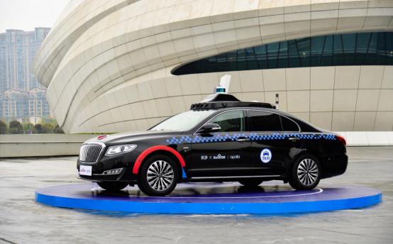 百度Apollo自动驾驶出租车亮相长沙2019岳麓峰会 下半年即可体验