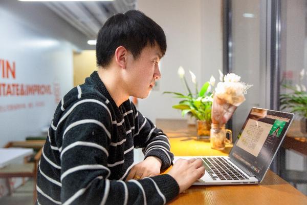 互联网+教育实践 在线直播大班课的幕后功臣—辅导老师