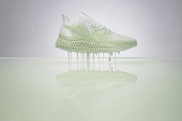 为颠覆而生 -- 阿迪达斯推出新款ALPHAEDGE 4D 系列跑鞋