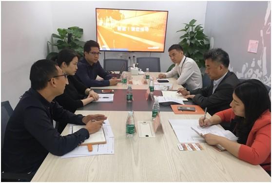深圳市委办公厅副主任孙仲勇一行前往货拉拉调研