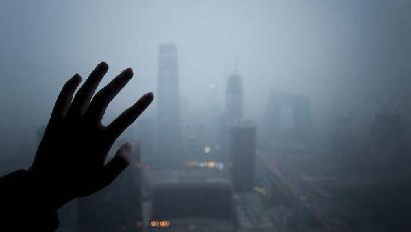 空气污染或使人均寿命缩短2年 IAM空气净化器护健康