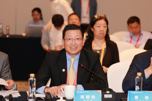 康宝莱中国区董事长郑群怡出席2019中部博览会