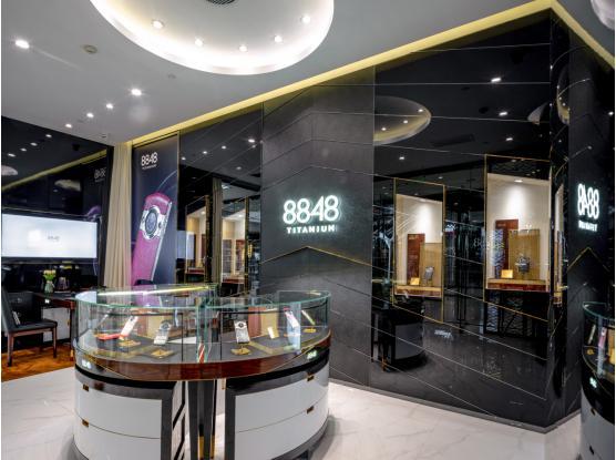8848长沙IFS旗舰店,可比肩奢侈品门店的手机体验