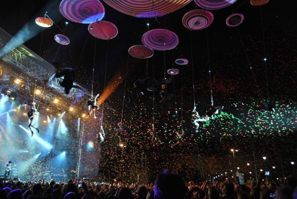 穹顶下的音乐狂欢 青岛中铁世博城将成今夏打卡圣地