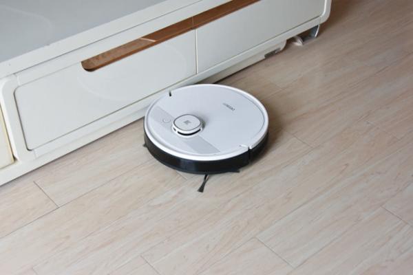 扫拖清洁首选 科沃斯DEEBOT T5系列扫地机器人评测