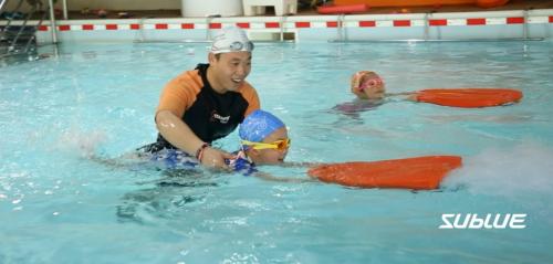 智慧体育·科技健身 游泳馆玩出新花样