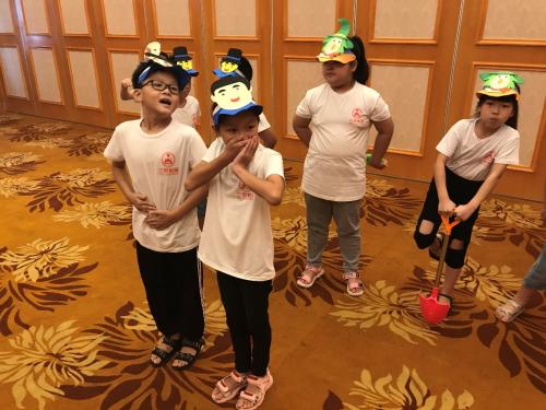 可瀚学堂受邀出席武汉城市合伙人公益讲座情景式英语表演成亮点?