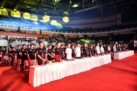 向速而生,巅峰对决!——首届CERC中国电竞赛车锦标赛揭幕战完美收官!