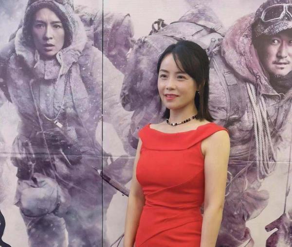 《攀登者》携手探路者举行全球首映礼,共同致敬攀登精神