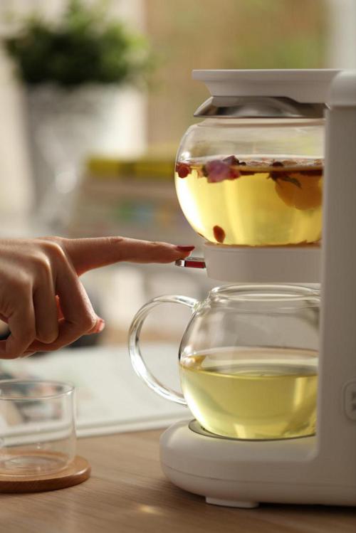 鸣盏沙漏壶:茶满沙漏流于心,品茗居然也上头?