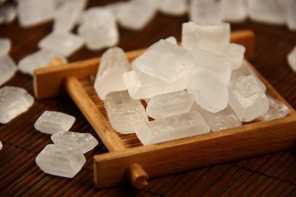 从冰糖炖燕窝到燕窝饮品,俞文清燕窝水用匠心造就热捧口碑
