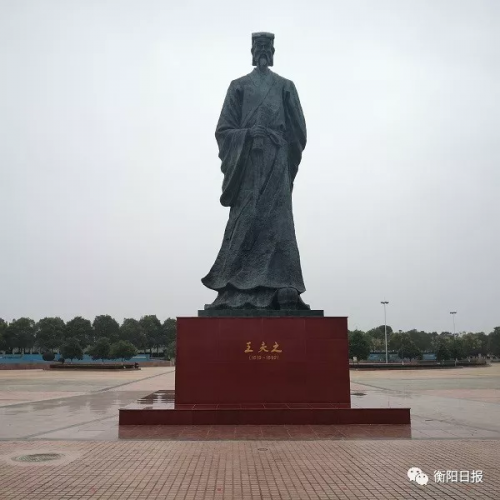 http://awantari.com/caijingfenxi/68441.html