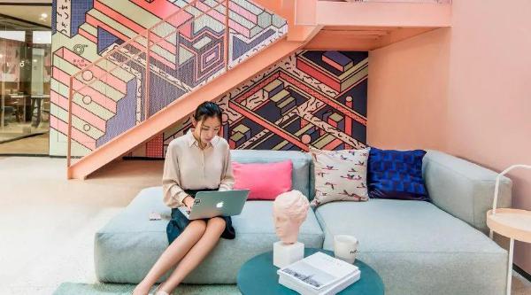 梦想加选择易快报,为更多企业提供场景化办公空间