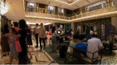 """粤东品质红盘!汕尾星河湾稳居""""三冠王"""""""