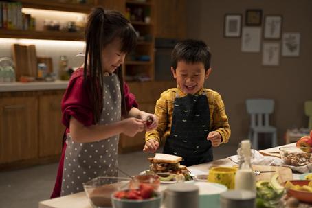 """用营养成就更好的未来 雀巢健康儿童呼吁""""一起"""