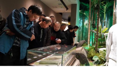 張新發公益行:百名湘潭的哥参观湖湘槟榔文化博物馆