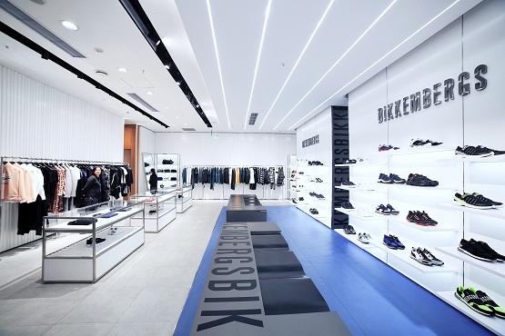 意大利高级运动时尚品牌来袭,DIRK BIKKEMBERGS中国首家旗舰店燃爆重庆!