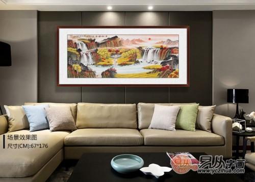客厅挂画选什么能更明亮?手绘国画,亮丽山水生机勃勃