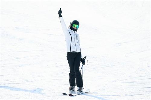"""蒙牛牵手滑雪冠军谷爱凌 推动中国冰雪""""黄金时代""""加速到来"""