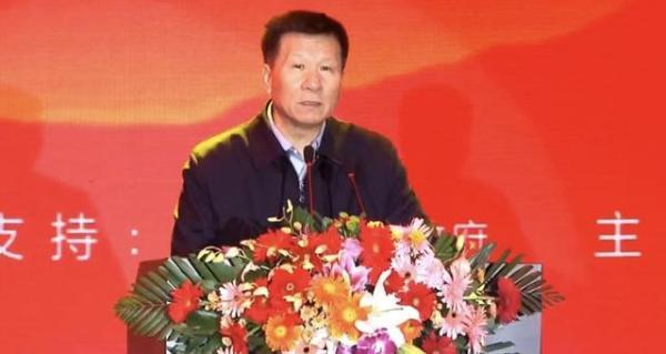 """盼盼食品董事长蔡金垵荣获""""70年·影响中国食品工业进程企业家""""荣誉称号"""