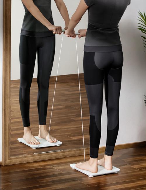 华为智能体脂秤2 Pro:八电极测出哪里胖 辅助身材管理更高效