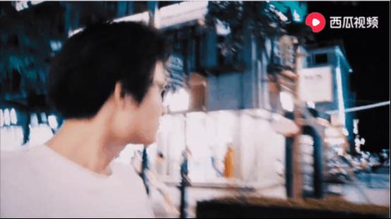 """横店群演改行拍视频月入过万?西瓜视频""""横漂""""创作人易灿首登央视……"""