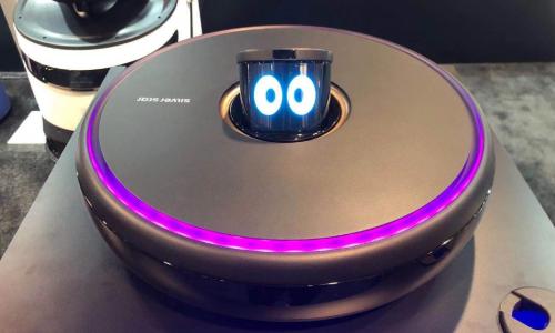 银星智能首发搭载情感交互概念扫地机器人 亮相CES 2020