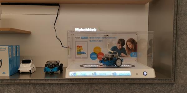 童心制物(Makeblock)旗下STEAM教育系列产品入驻华为全球多家旗舰店,线下沉浸式体验编程的乐趣