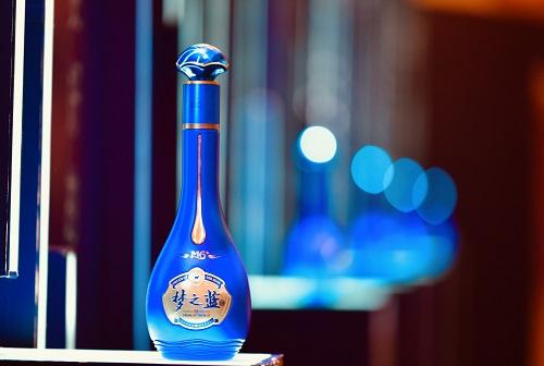 """""""淘宝一姐""""薇娅直播带货,3000瓶""""梦之蓝M6+""""秒光!"""