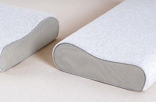 <b>8H推出双曲线护颈记忆绵枕,内外抗菌呵护睡眠</b>
