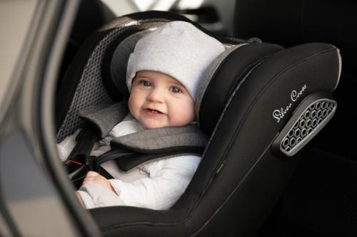 "Silver Cross 汽车座椅竟然让宝宝""反""着坐,真相原来是这样"
