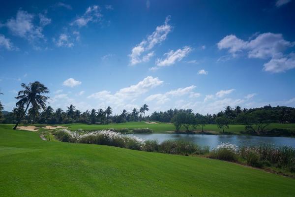 """比音勒芬丨这个""""加长版""""五一假期,让高尔夫陪你度过"""