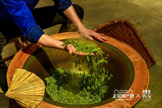 赋能正宗茶品拓销路,春茶山河行助力四大春茶产区卖出38吨茶叶