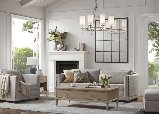 進入Harbor House方形沙發的美麗視角