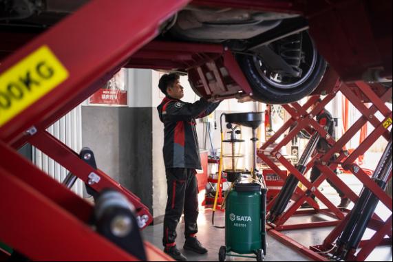 黄渤成为途虎养车品牌代言人,这三点让他们走到一起