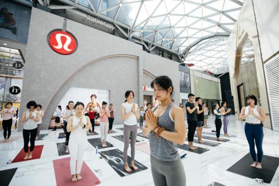 lululemon杭州湖滨银泰in77门店正式开业