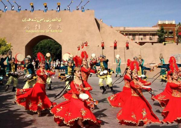 """新疆开展""""中国旅游日""""系列活动 激活疆内旅游市场"""