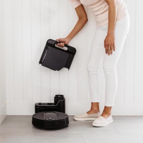2020年最火的智能扫地机器人是它 更实用 更解放双手 更自清洁