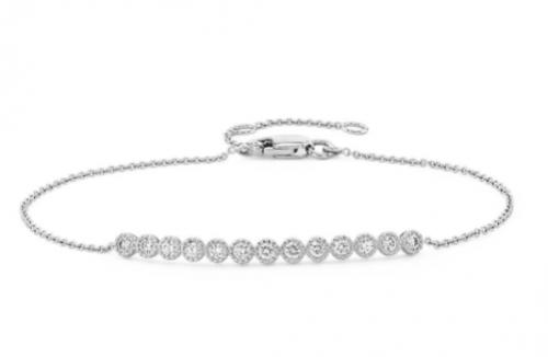 紀念美好,Blue Nile珠寶打造閃光時刻禮物指南