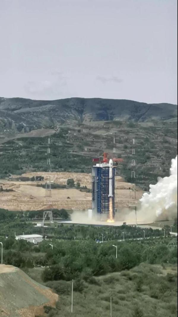 51Talk与航天驭星战略合作,助力科普卫星成功发射