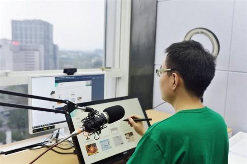 """星火网校北大教师:在线教育的第9年,我终于""""回""""到了河南"""